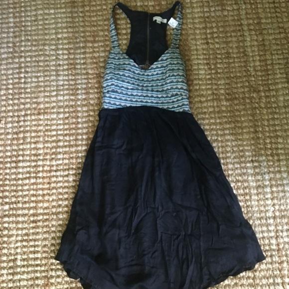 Rachael & Chloe Dresses & Skirts - Rachael & Chloe sundress with peep back w/zipper
